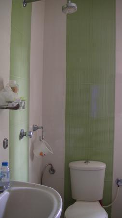 Maison Casero Home Stay : salle d'eau