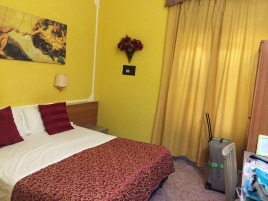 Rome Downtown Accomodation : La nostra stanza