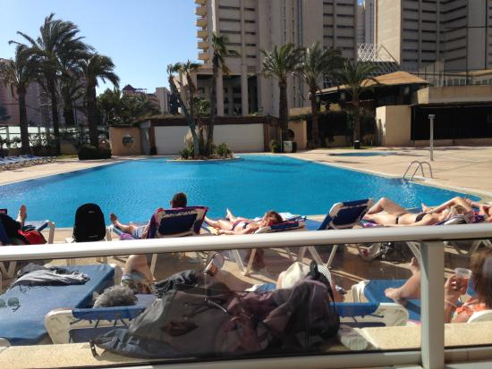 Hotel Levante Club & Spa: Sun around the pool