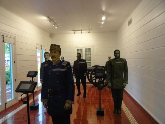 Casa Museo General Gregorio Luperón: Life Size