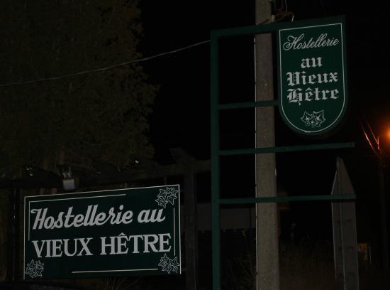 Hostellerie Au Vieux Hetre : L'enseigne
