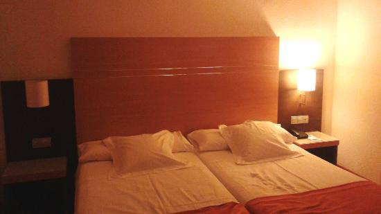 Hotel Blanca de Navarra: Habitacion doble
