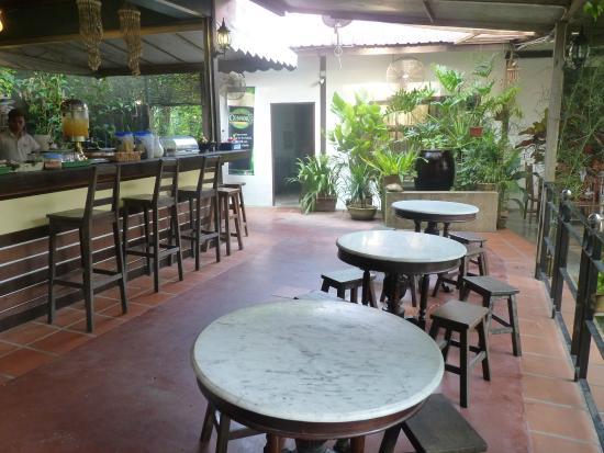 Basaga Holiday Residences: Breakfast area