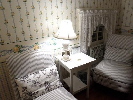 Ashley Inn Bed and Breakfast: Nosso quarto, que ficava no segundo andar.