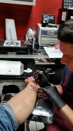 Tattoo Tavern: Sarah's frog
