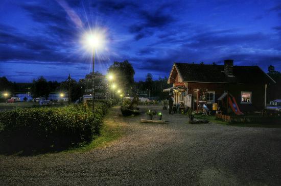 hotell jönköping med pool
