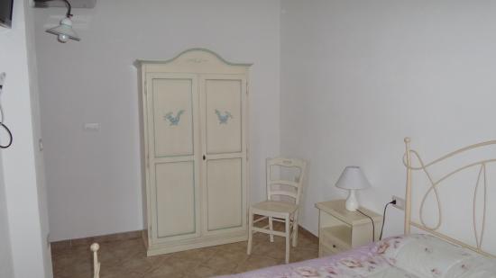 Albergo Ristorante Le Mura: interno camera