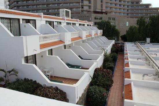 Blick Auf Einige Zimmer Balkone Picture Of Los Hibiscos Costa