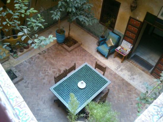 Riad Bounaga: Good environment.