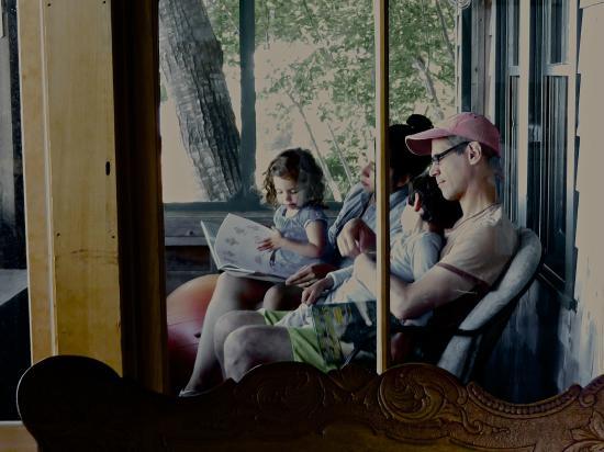 Harborside, ME: Reading to kids on Edgewater porch
