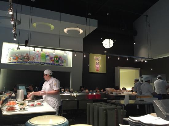 Blue C Sushi: Make Station