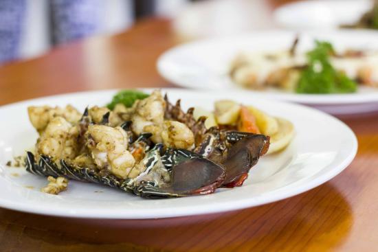 Crossroads  Hotel: Lobster Meal