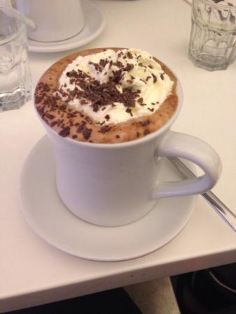 Avenue Coffee : Hot Chocolate - top class!