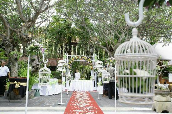 Ramayana Resort & Spa: My beautiful wedding decorations, still amazed how gorgeous the day was..