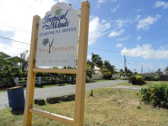 Tropical Winds Apartment Hotel: The signage as you approach