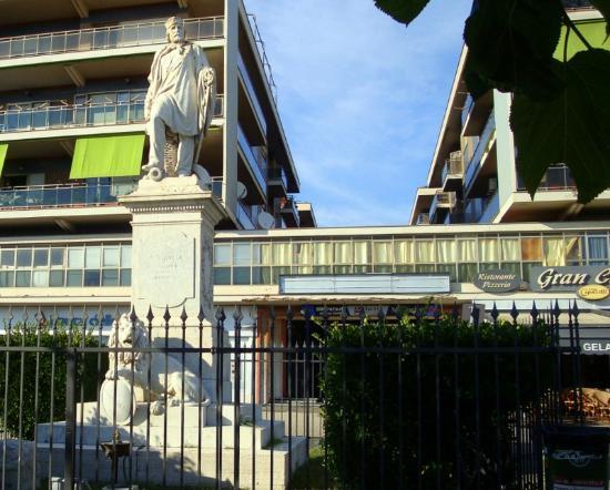 Gran Caffe': Garibaldi y el Gran Caffe