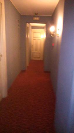 Grande Albergo Quattro Stagioni : Corridoio
