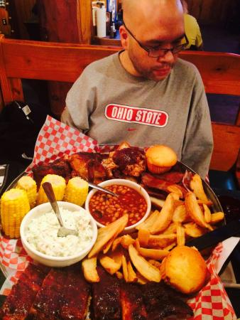Famous Dave's: Special for two