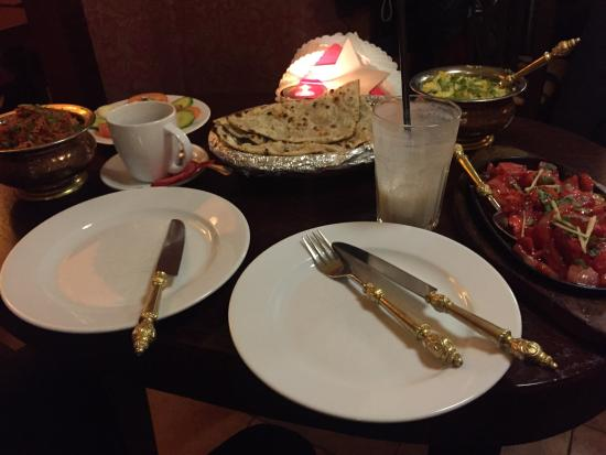 Indus Tandoor Restaurant : Biryani mix, chicken chilly and fried rice. Delicious!
