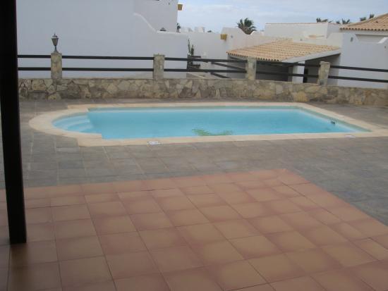 VIP Villas: Pool