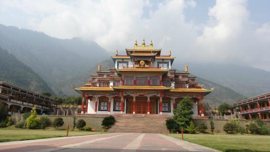 Kullu, Indien: The beautiful Monastery