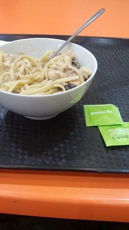 Pasta Box: Паста грибная курица