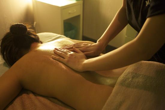 relaxing massage melbourne colosseum prices