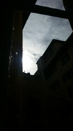 Tourist House Duomo: Visuale dala finestra stanza 3