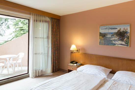 Hotel Le Cedre: Room with balcony