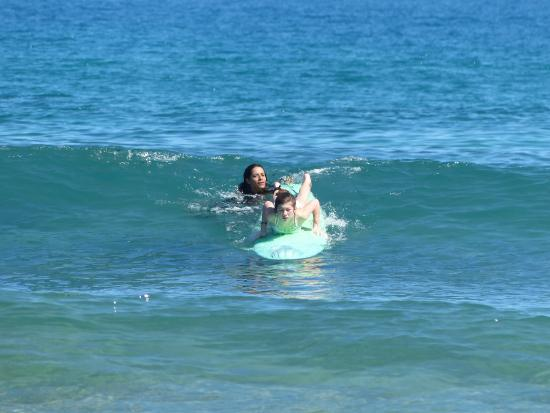 Puntas Surf School: Catching waves with Tina