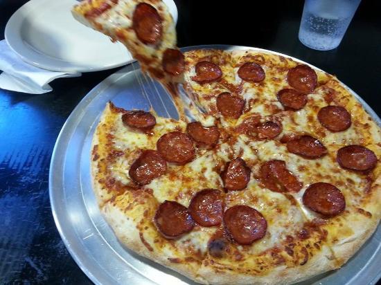 Ronny's Pizza: Papa Ronny aka pepperoni