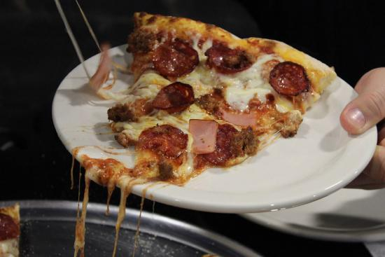 Ronny's Pizza : 4X4 a slice that is off the map