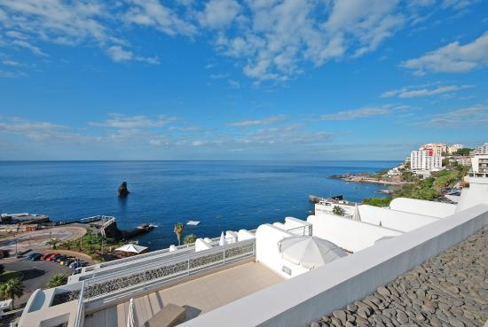 Melia Madeira Mare Resort & Spa : MASTER SUITE SEA VIEW FROM VERANDA