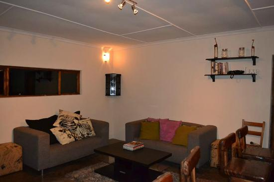 Maputaland Adventures: Lounge area (Hluhluwe-Imfolozi)
