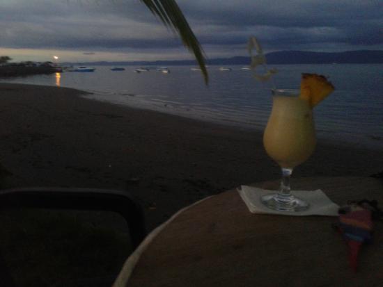 Il Giardino Beachfront Hotel: when the sun goes down...