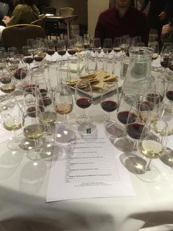 Saturday Wine Course by Wine Connoisseur Ltd