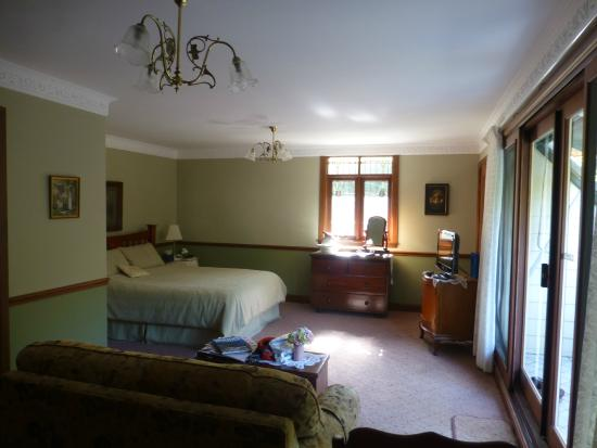 The Suite Picture Of Granny 39 S Cottage Luxury Bed And
