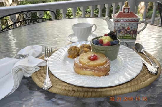1837 Bed and Breakfast: Pineapple upside down French Toast with Sausage balls, Fruit cup and Lemon Curd