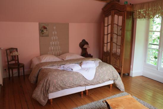 Chez Eric et Sylvie B&B (Épernay, France)  voir les