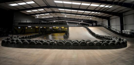 le mans circuit picture of teamsport indoor karting reading tripadvisor. Black Bedroom Furniture Sets. Home Design Ideas