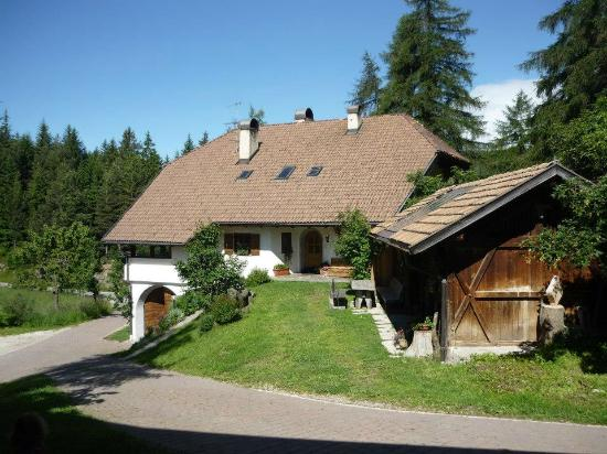 laerchhof urlaub am bauernhof in sudtirol bewertungen. Black Bedroom Furniture Sets. Home Design Ideas