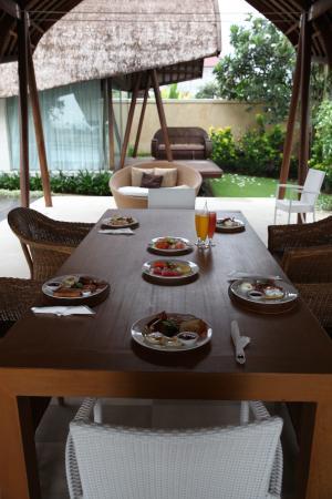 The Samata: Dining table