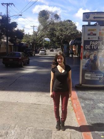 Apartamentos Las Torres : Na rua em frente ao Hotel