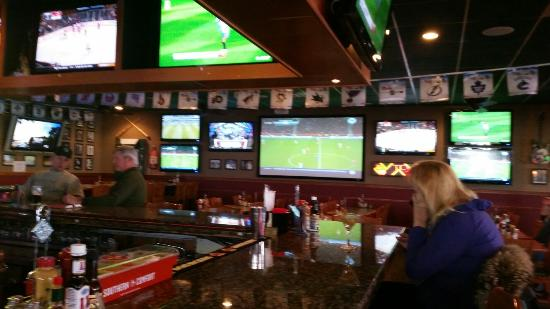 Brickhouse Bar and Grille
