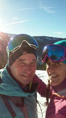 Best Western Tyrolean Lodge: goat and lizard love to ski/travel!