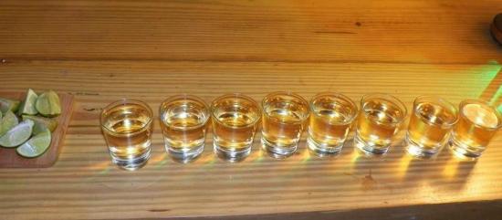 Divanga Bar Restaurant: Shots line!!