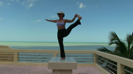 Flamingos Inn: Our guest Dawn did her yoga on her terrace every morning