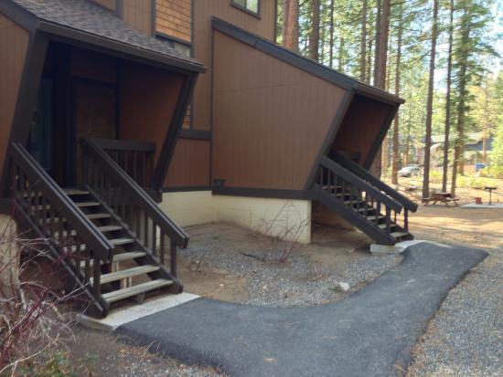 Club Tahoe Resort : no snow