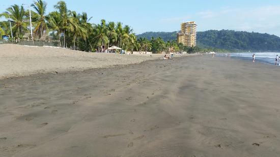 Hotel Los Ranchos: Пляж Хако бич
