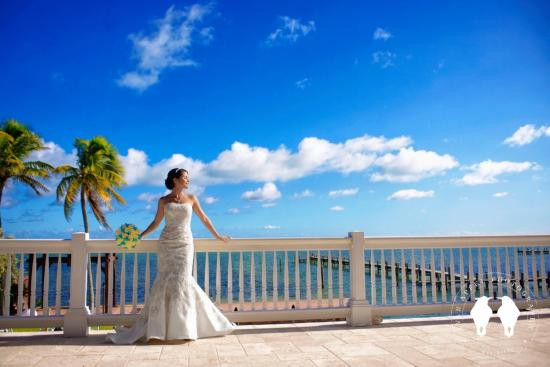 The Caribbean Resort at Sea Isle: Beautiful Bride on Royal Palm Veranda